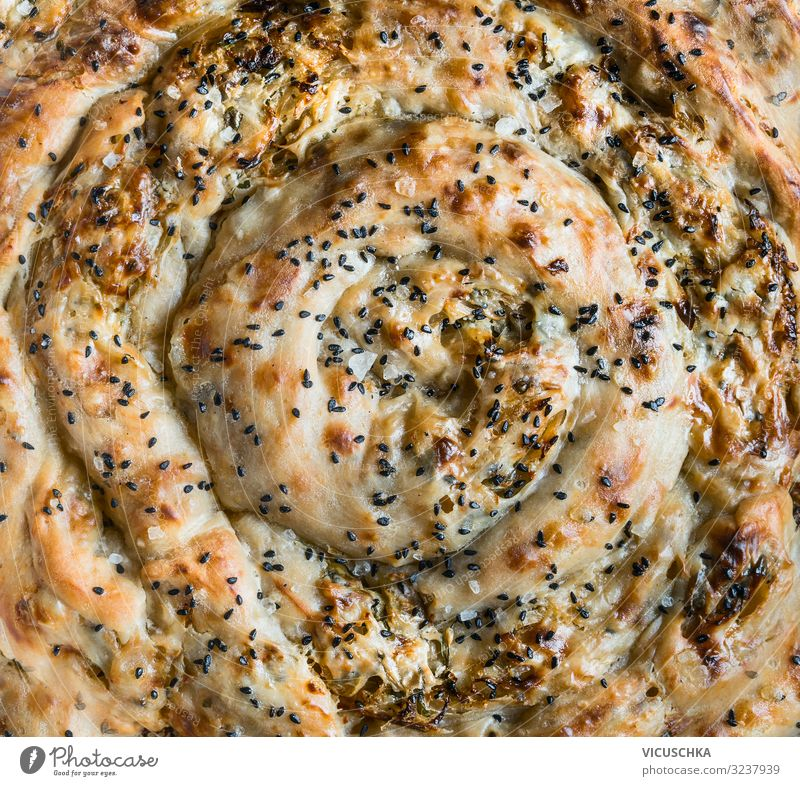 Börek mit Filoteig Lebensmittel Teigwaren Backwaren Ernährung Vegetarische Ernährung Design savory pie phyllo dough burek borek turkish cuisine bakery