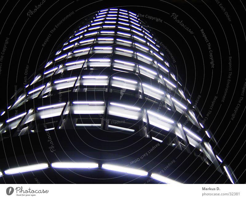 Vattenfall Tower Licht Nacht Gebäude Hochhaus Architektur Turm Skyline Perspektive