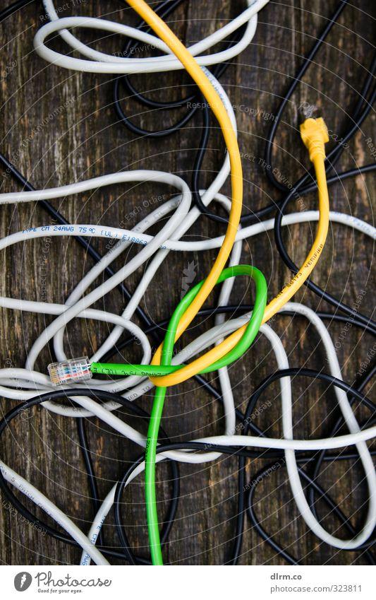 Kabelsalat Natur Büro Computer Kommunizieren Telekommunikation Industrie planen Netzwerk Internet Wirtschaft Notebook Informationstechnologie links Hardware