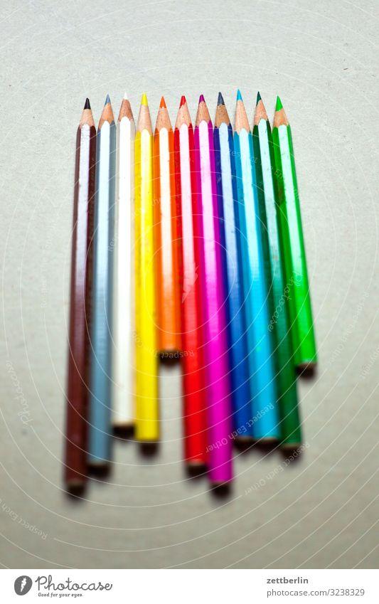 Stifte bilden ungefähr einen Regenbogen mehrfarbig Farbstift Farbe Farbenspiel Farbverlauf Grafik u. Illustration Mediengestalter Grafiker illustrieren