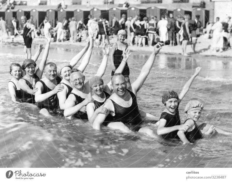 Badespaß vor 100 Jahren Ferien & Urlaub & Reisen Meer Freude Freiheit Freizeit & Hobby Vergangenheit Ostsee früher Großeltern Ausgelassenheit Zwanziger Jahre