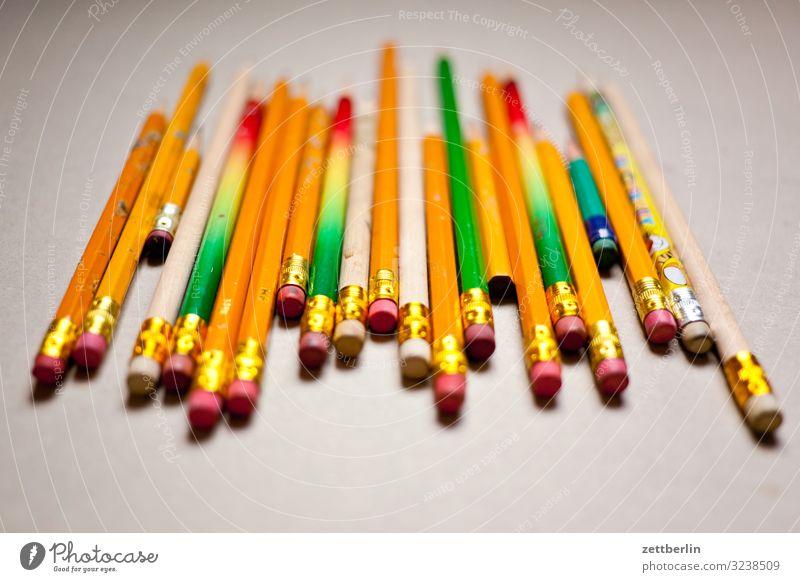 Bleistifte Farbe Kunst Kreativität Grafik u. Illustration viele Gemälde Schreibtisch Schreibstift Menschenmenge Kreide Künstler Entwurf Auswahl Farbstift