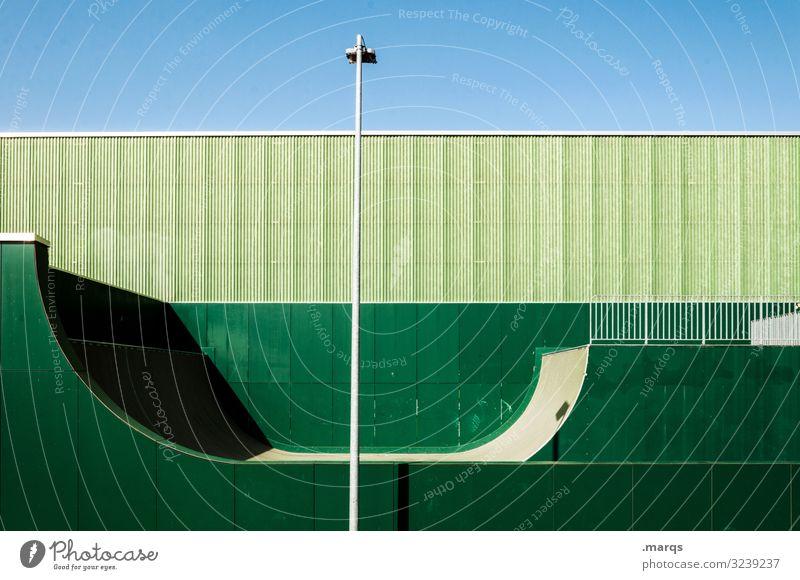 Halfpipe grün mit Laterne Sport Wand Himmel Ordnung Freizeit & Hobby Jugendkultur Sportstätten Farbe rund Form