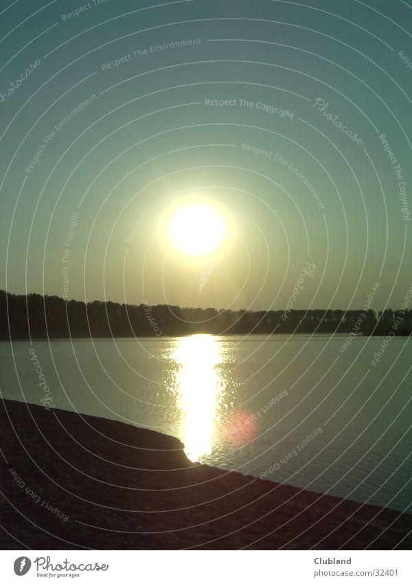 SUNDOWNER Sonnenuntergang See Gefühle CHILLIN