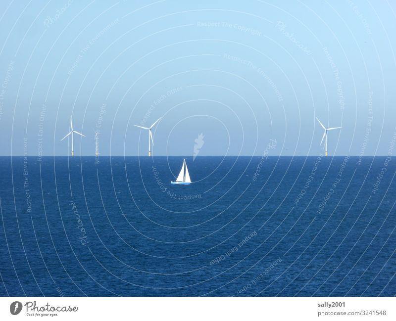 Die Kraft des Windes... Energiewirtschaft Erneuerbare Energie Windkraftanlage Schönes Wetter Nordsee Meer Schifffahrt Segelschiff drehen Erholung elegant