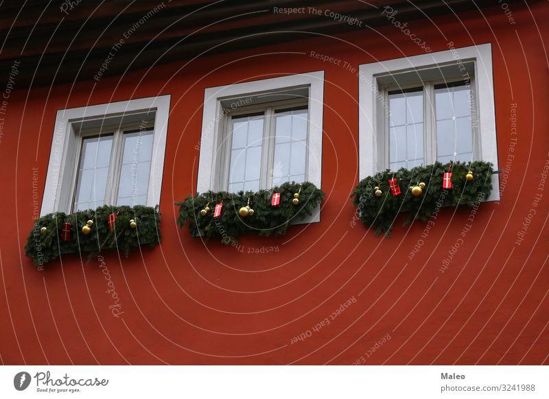 Weihnachts Dekoration auf den Fenstern Weihnachten & Advent Dekoration & Verzierung Feste & Feiern Tanne Baum Haus Fichte Winter Zweig Spielzeug neu Jahr