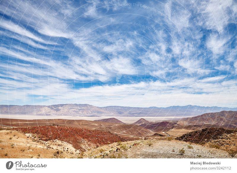 Szenische Wolkenlandschaft über dem Death Valley, USA. Ferien & Urlaub & Reisen Ausflug Abenteuer Ferne Freiheit Expedition Sommer Berge u. Gebirge wandern