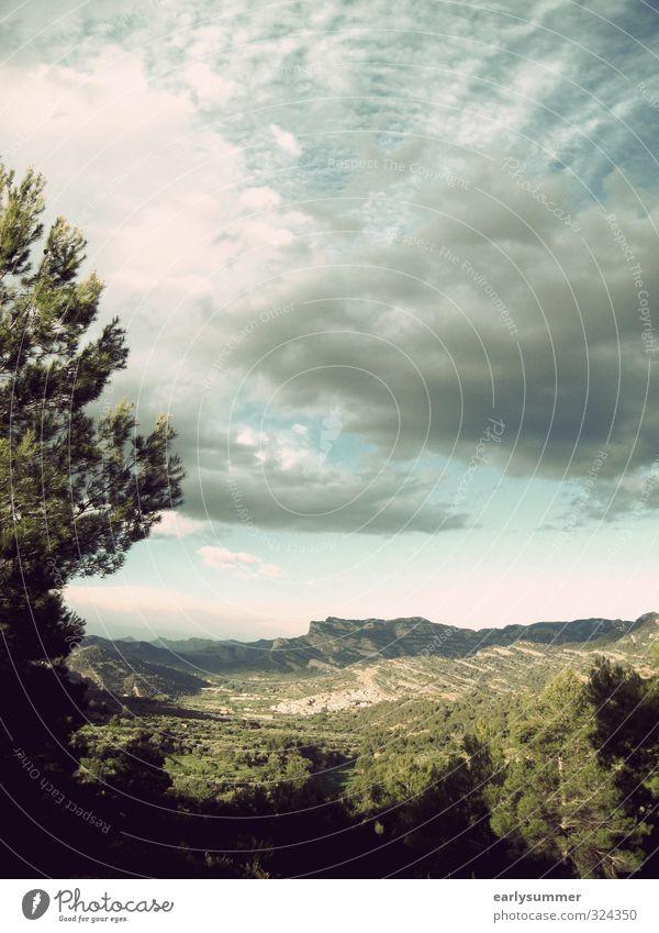 Beceite Himmel Natur Ferien & Urlaub & Reisen blau Pflanze grün Sommer Baum Landschaft Wolken Ferne Umwelt Berge u. Gebirge Wege & Pfade Frühling Freiheit
