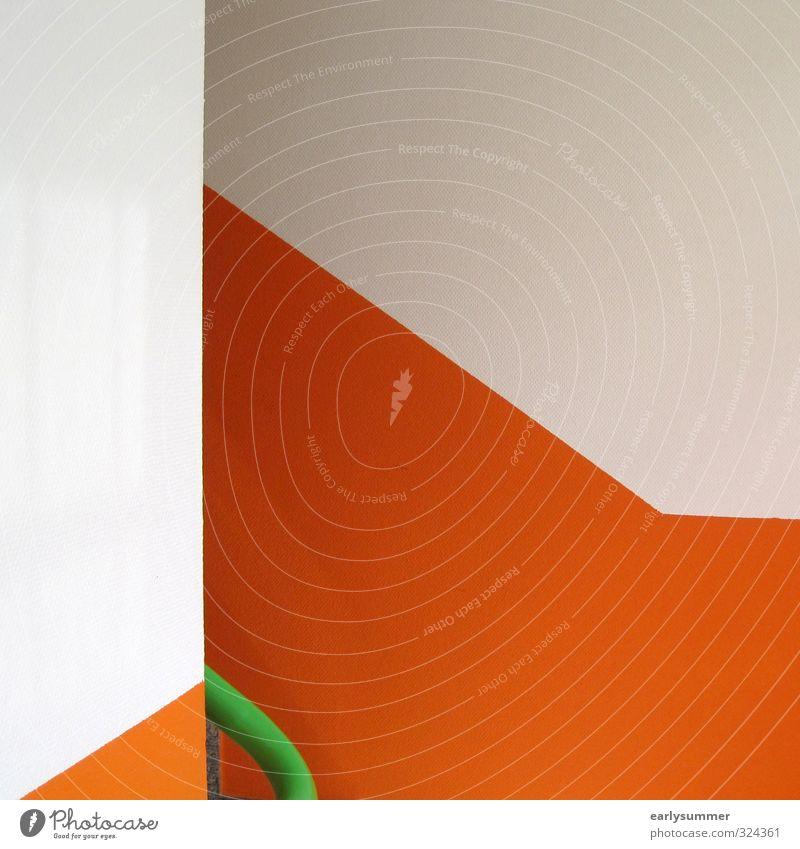 farbenfroher Aufstieg Treppe laufen orange grün mehrfarbig Anstrich Wand Farbe Farbenspiel Farbenwelt Tapete aufsteigen Treppenhaus Linie rund eckig