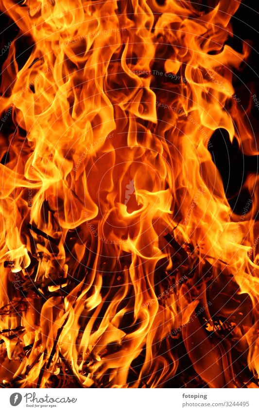 Feuer Wärme Holz heiß Romantik Brennholz Flamme Glut Hartholz Heizung Rauch Verbrennung anzünden brennen brennendes brennendes Feuer brennendes Holz fotoping