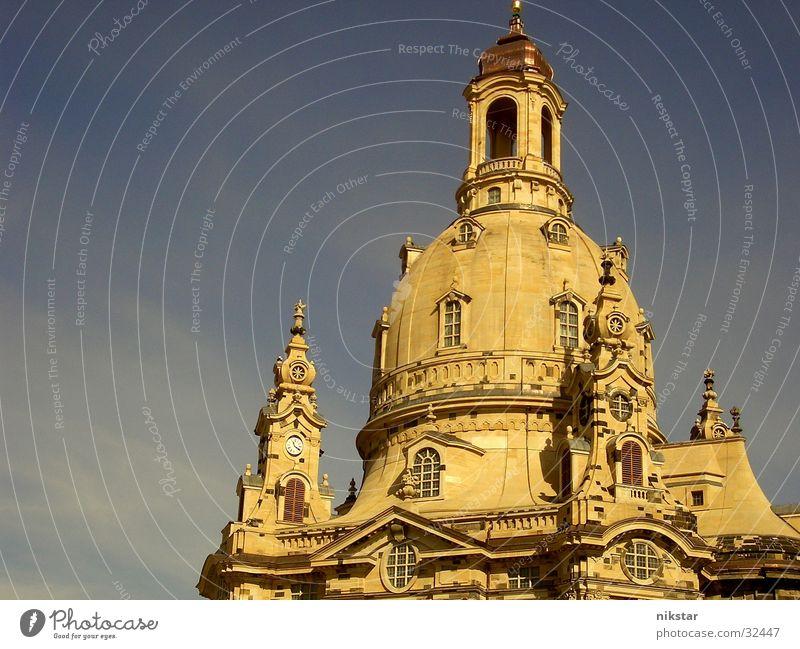die frauenkirche zu dresden Kultur Denkmal Erneuerung erinnern Erinnerung Gebäude heilig Religion & Glaube Gotteshäuser Sandstein Kuppeldach historisch Kunst