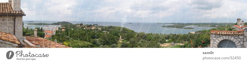 Kroatisches Dorf im Panorama Panorama (Aussicht) Kroatien Meer Weitwinkel Europa Insel Mediteran groß Panorama (Bildformat)
