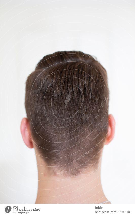 Hinterkopf Stil maskulin Junger Mann Jugendliche Kopf Haare & Frisuren 1 Mensch 13-18 Jahre 18-30 Jahre Erwachsene kurzhaarig authentisch modern