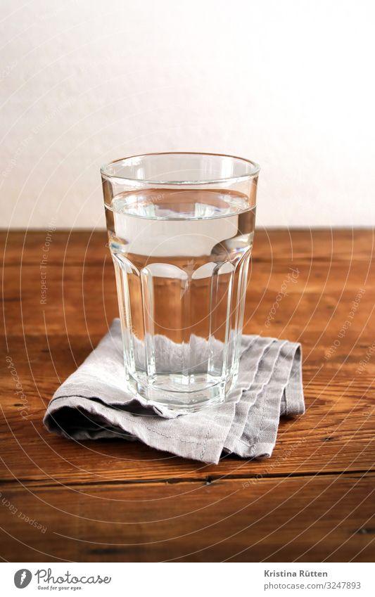 glas wasser Getränk trinken Erfrischungsgetränk Trinkwasser Glas Wasser Flüssigkeit kalt Sauberkeit rein Wasserglas leitungswasser Mineralwasser still klar