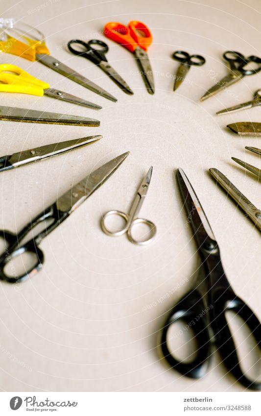 Scheren again Auswahl Basteln masse Menschenmenge geschnitten Schneidewerkzeug Schreibtisch Trennung viele Werkzeug Dinge Menschenleer Verschiedenheit Kreis