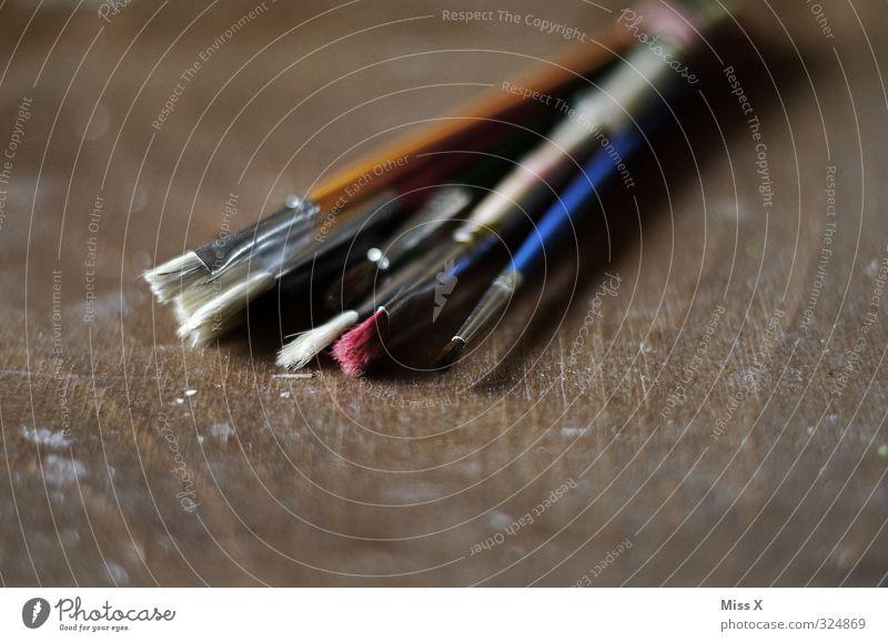 Pinsel Freizeit & Hobby Kunst Künstler Maler Kunstwerk Gemälde alt dreckig Farbe Kreativität malen Pinselstiel Holz Palette Borsten Farbstoff Farbfoto