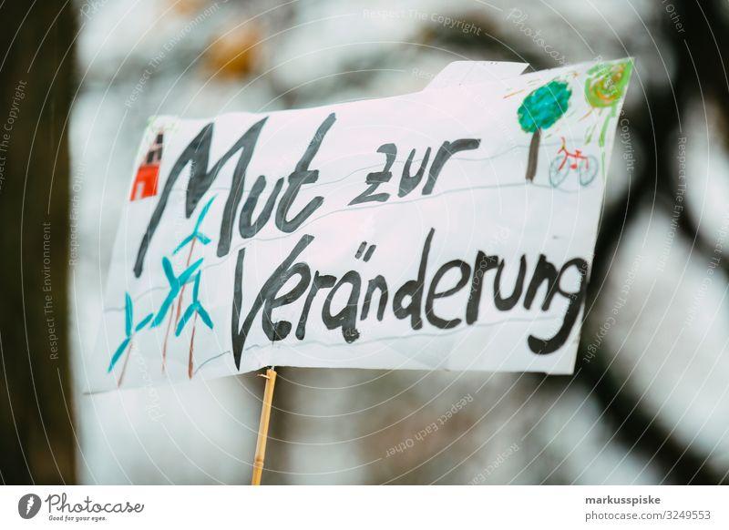 Mut zur Veränderung Demonstration Prostest Klimawandel Kindererziehung Bildung Wissenschaften Erwachsenenbildung Mensch Menschenmenge Kunst Umwelt Natur