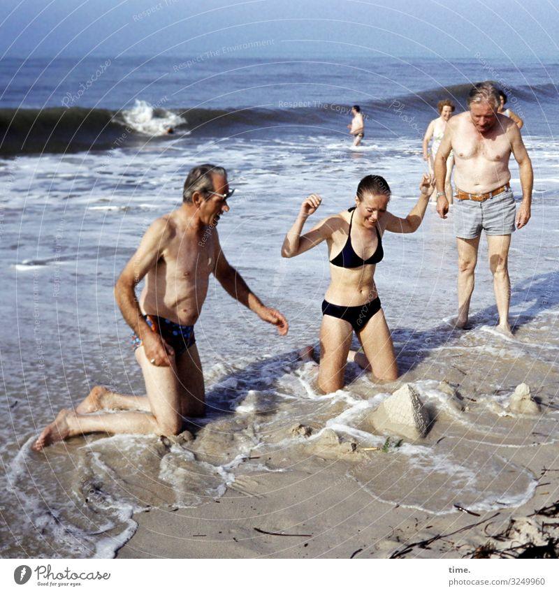 Scheitern als Chance Ferien & Urlaub & Reisen Sommer Sommerurlaub maskulin feminin Frau Erwachsene Mann 3 Mensch 5 Sand Wasser Schönes Wetter Wellen Küste
