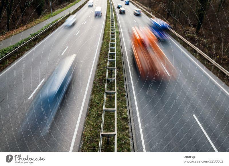 Tempo 80 - Schnellstraße Verkehr Straße fahren Geschwindigkeit Bewegung Termin & Datum Bewegungsunschärfe Langzeitbelichtung Verkehrsmittel Verkehrswege PKW