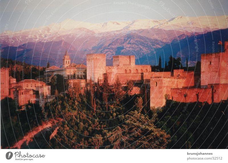 Spanisches Schloss Berge u. Gebirge Andalusien Europa Kitsch Spanien Süden Malaga Maure