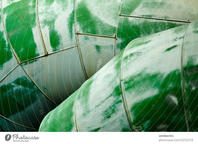 Rohre Röhren Eisenrohr Rohrleitung Pipeline Erdgaspipeline Erdölpipeline Wärme Fernwärme Wärmeleitung Metall Isolierung (Material) Blech Menschenleer