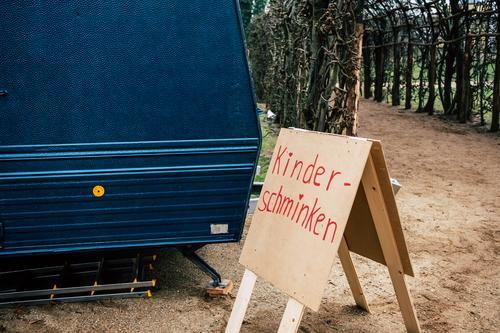 Kinder-Schminken Weihnachten & Advent blau rot Business braun Schriftzeichen Kommunizieren Schilder & Markierungen Idylle Hinweisschild einfach Zeichen