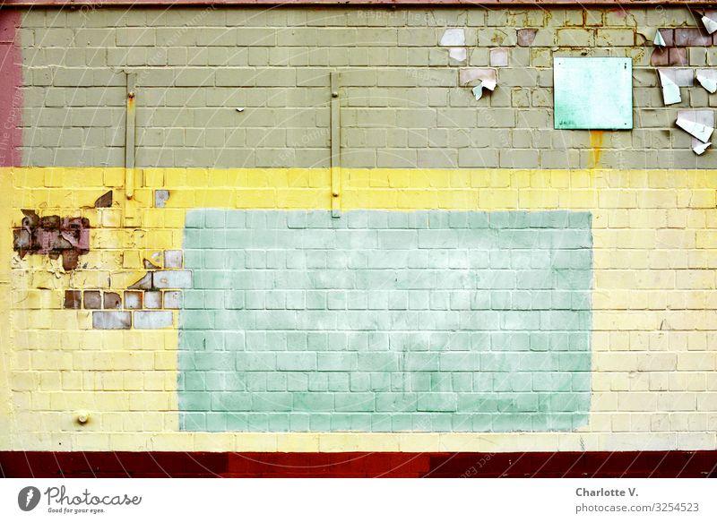 Berliner Textfreiraum alt Farbe rot Ferne Architektur gelb Wand Mauer Stein Fassade grau retro leuchten frisch Ordnung Fröhlichkeit