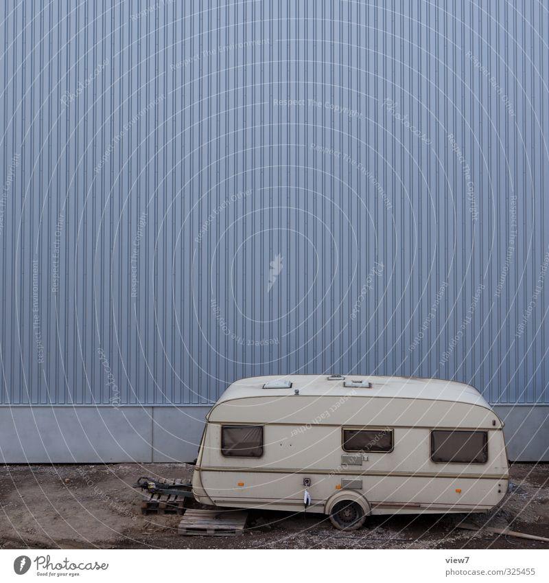 #325455 Wohnwagen Industrie weiß alt grau Menschenleer Einsamkeit Unbewohnt Vergänglichkeit Arbeitslosigkeit Traurigkeit Autofenster Ferien & Urlaub & Reisen