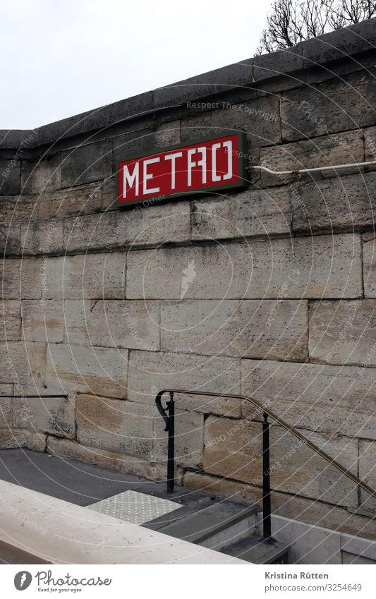 metro Stadt Wand Tourismus Mauer Fassade Verkehr Güterverkehr & Logistik Hauptstadt Typographie Paris Eingang U-Bahn Verkehrsmittel Ausgang typisch