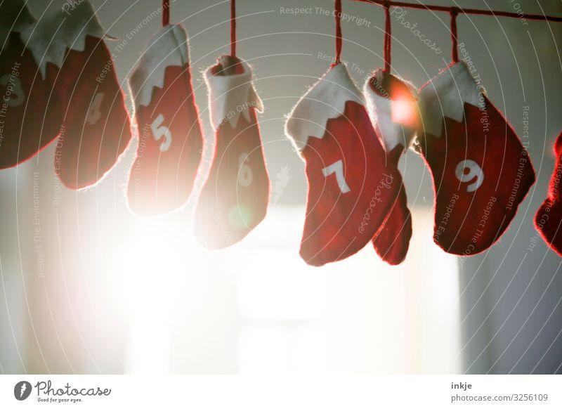 3-9 Weihnachten & Advent Dekoration & Verzierung Girlande Adventskalender Ziffern & Zahlen hängen authentisch rot weiß Handel Vorfreude Tradition Strümpfe