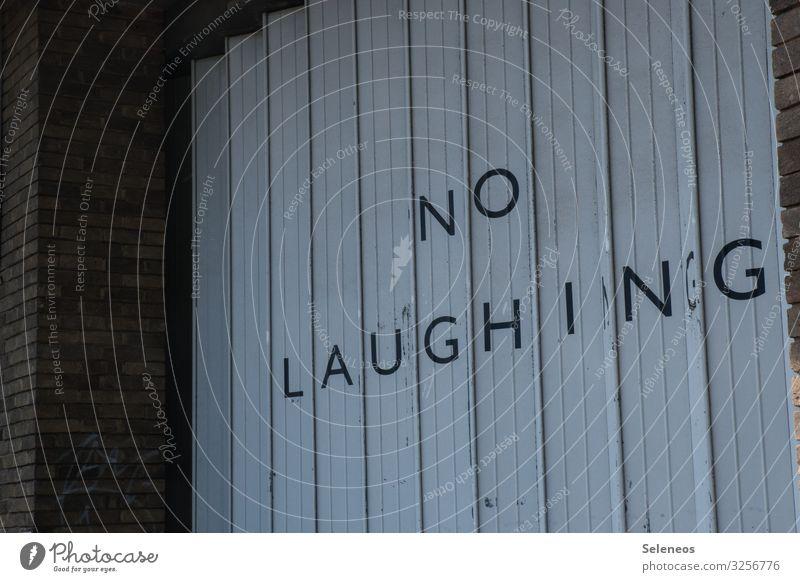 Schild Lachen verboten Warnung Hinweisschild lachen. lächeln Optik Garage Verbotsschild Verbote