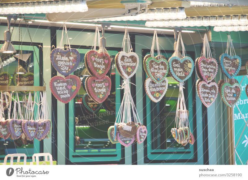 spruchfabrik Lebkuchen Lebkuchenherzen Redewendung Beschriftung Text Backwaren Jahrmarkt Oktoberfest schenken Liebe Zuneigung Verliebtheit Romantik Zucker