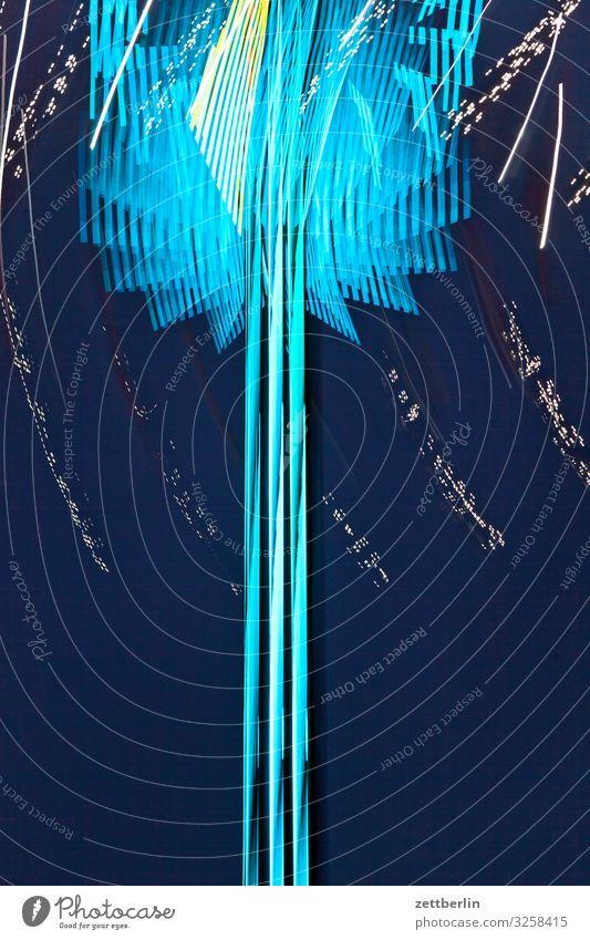 Rummel Abend Bewegung Zwinkern mehrfarbig Dynamik Phantasie Fantasygeschichte glänzend Kunst Licht Lichtspiel Lichtschreiben Lichtmalerei Lightshow Linie