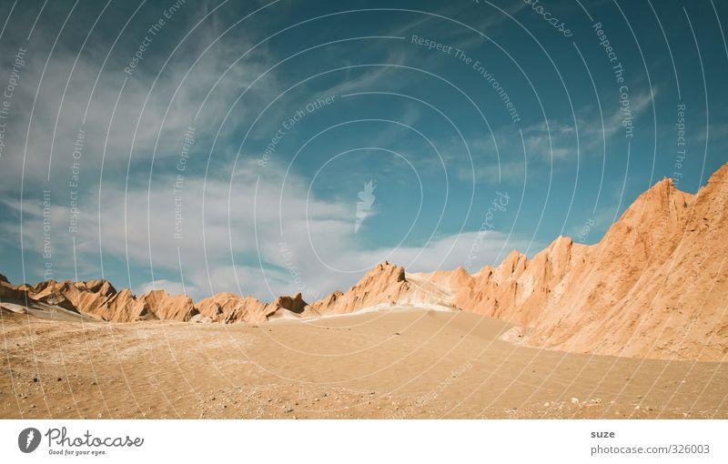 Sandberge Himmel Natur Ferien & Urlaub & Reisen blau Sommer Einsamkeit Landschaft Wolken Umwelt Berge u. Gebirge Wärme Reisefotografie außergewöhnlich Horizont