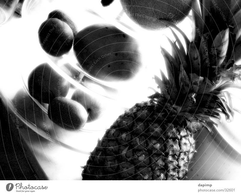 fresh fruit Kiwi Gesundheit Ananas Apfel Frucht Schwarzweißfoto