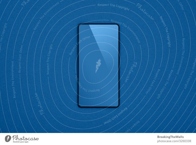 Schwarzes Smartphone mit leerem Bildschirm über grau Schreibtisch Tisch Telekommunikation Business sprechen Telefon Handy PDA Technik & Technologie