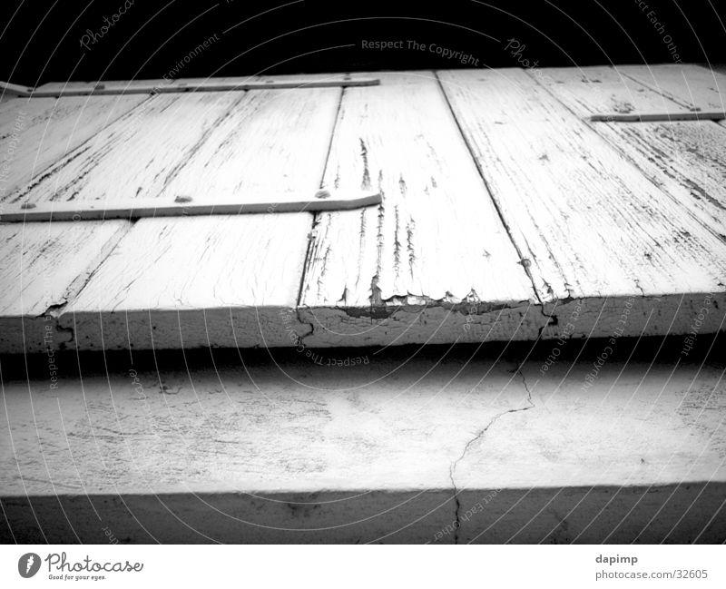 Fensterln alt Architektur Scheune Ausgang Klappe