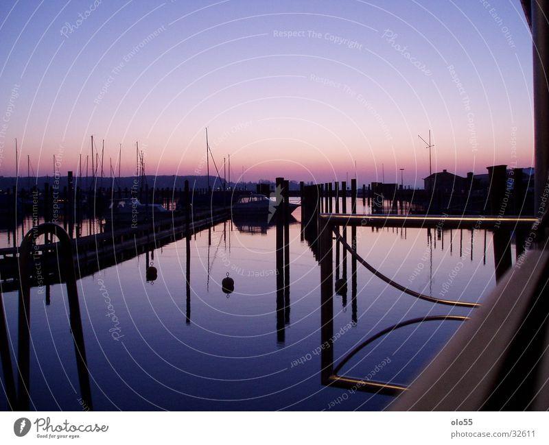 Silence III Wasserfahrzeug violett Morgen Sonnenaufgang Hafen