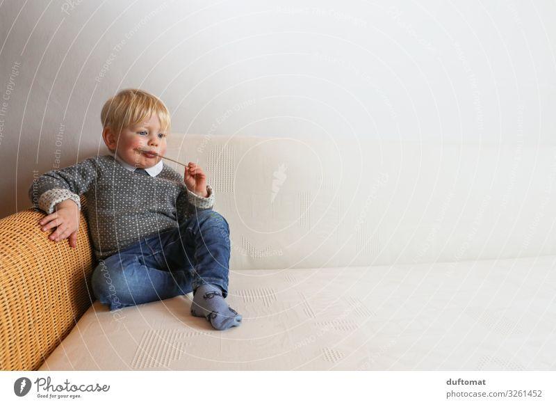 Wenn ich groß bin... Kind Mensch ruhig Leben Junge Häusliches Leben Zufriedenheit maskulin träumen Wachstum blond Kindheit sitzen Idylle lernen selbstbewußt