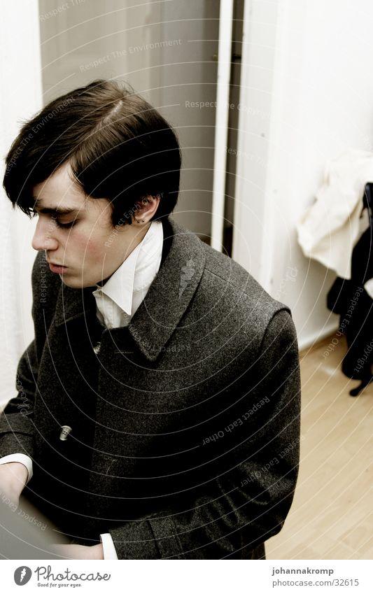 piano Mann Klavier altmodisch musizieren