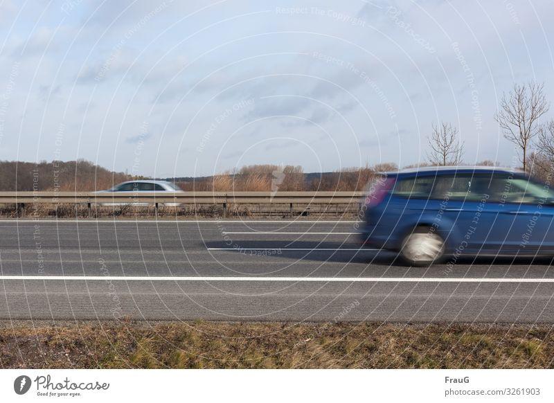 Trash| 2019 ist fast vorbei Ferien & Urlaub & Reisen blau Bewegung grau PKW Schilder & Markierungen Geschwindigkeit fahren Verkehrswege Autobahn Autofahren