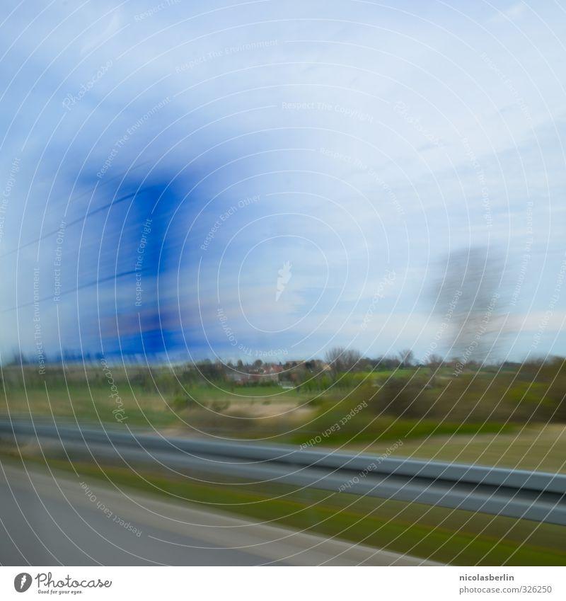 Tempolimit Ferien & Urlaub & Reisen Ausflug Abenteuer Ferne Camping Handel Güterverkehr & Logistik Umwelt Wiese Dorf Verkehr Verkehrswege Autobahn