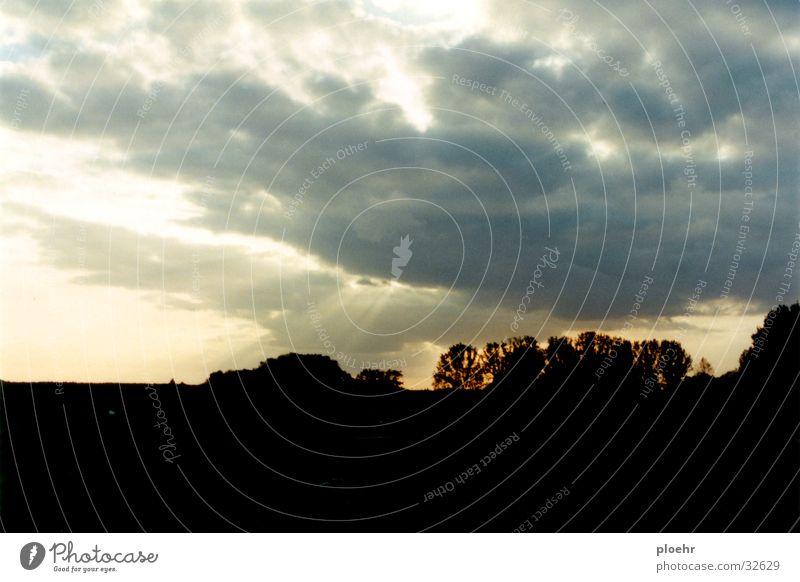 wolkenszenario Himmel Wolken Beleuchtung Sturm Gewitter Donnern