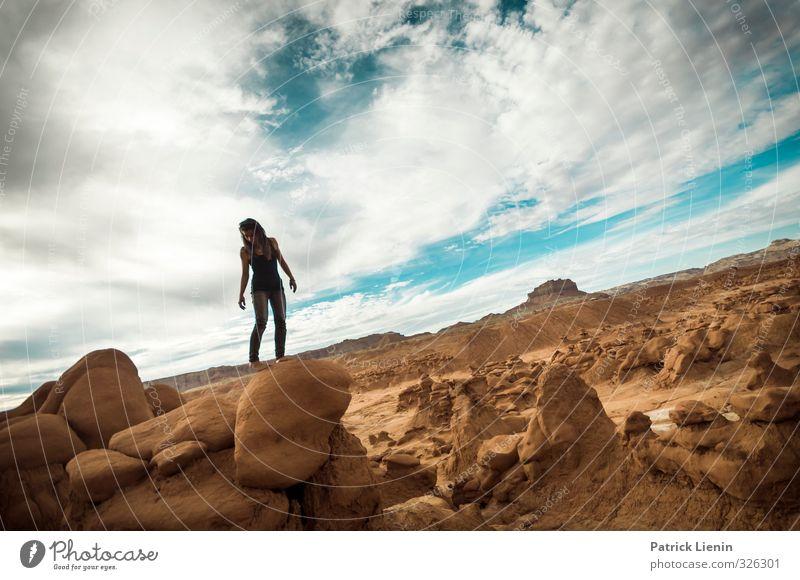 Give Me One Reason Mensch Frau Natur Jugendliche Ferien & Urlaub & Reisen Erholung Einsamkeit Junge Frau Landschaft ruhig 18-30 Jahre Erwachsene Umwelt feminin
