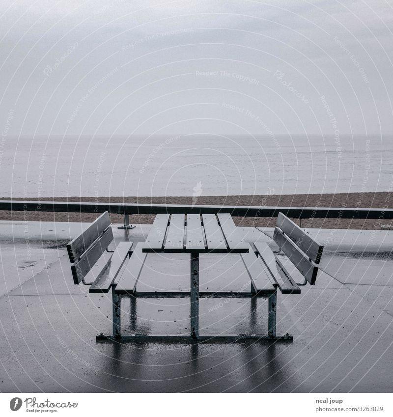 Till the last drop Ferien & Urlaub & Reisen Sommerurlaub Wassertropfen Wolken Horizont Herbst schlechtes Wetter Regen Küste Strand Nordsee Fischerdorf Erholung
