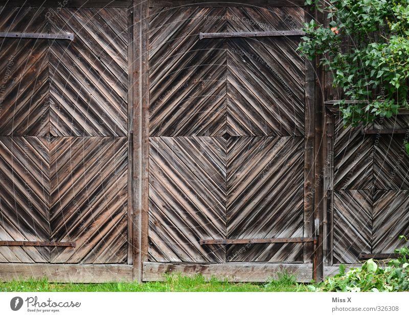 Tor III Holz Garten braun Wohnung Tür Häusliches Leben Hütte Garage Scheune Holztür Beschläge Garagentor Scheunentor