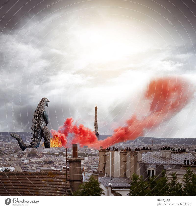 firefighter Stadt Hauptstadt Stadtzentrum Haus Sehenswürdigkeit stehen Godzilla Feuerwehrmann Tour d'Eiffel Brand Rauch Retter Hilfsbereitschaft gut Desaster
