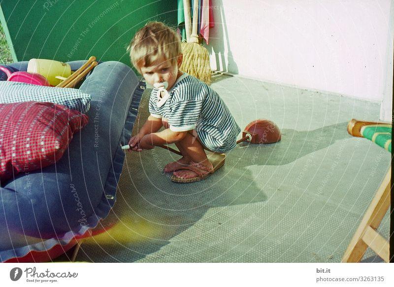 Welches Loch war's nochmal? Spielen Ferien & Urlaub & Reisen Tourismus Sommer Sommerurlaub Strand Meer Mensch feminin Kind Kleinkind Mädchen Kindheit Freude