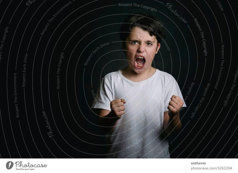 wütender Junge Mensch maskulin Kind Familie & Verwandtschaft Kindheit 1 8-13 Jahre sprechen Fitness schreien Traurigkeit Aggression bedrohlich rebellisch