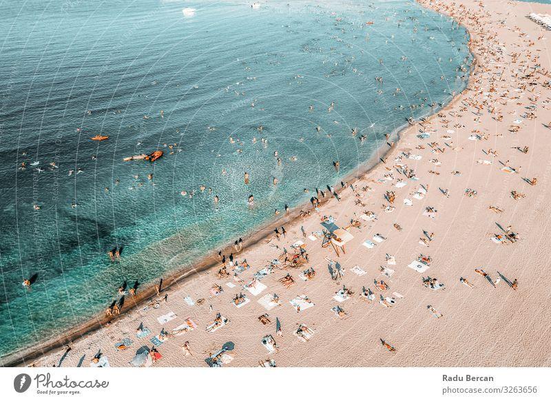 Mensch Ferien & Urlaub & Reisen Natur Sommer blau Landschaft Meer Ferne Strand Lifestyle Wärme Umwelt Küste Tourismus Freiheit orange